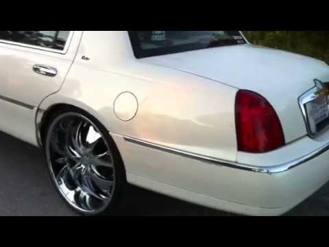 Lincoln On 26 S By Givenchy T