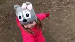 Влог в зоопарке . Каролина гуляет с попкорном . Все животные города Ровно