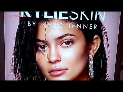 "Kylie Jenner "" Kylie Skin "" replica bathroom @ Paris Galeries Lafayette Champs-Élysees february 2021"