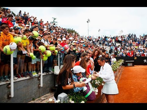 Roberta Vinci bids farewell to tennis in emotional ceremony in Rome