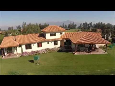 Casa estilo colonial dise o exclusivo 1 youtube for Casas de diseno santa fe