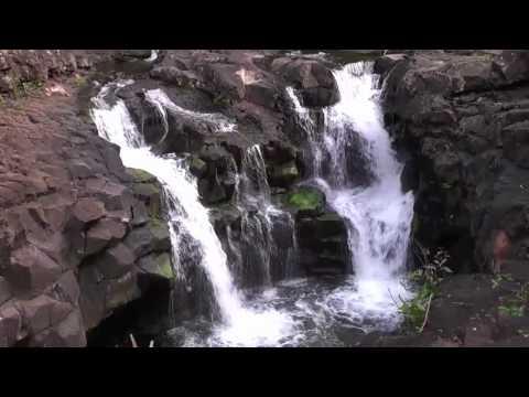 HOOPII FALLS, Kauai Hawaii