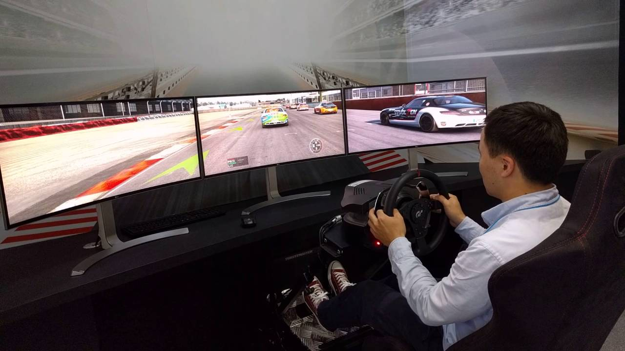 Racing Game With 3 Monitors, LG Ultra Wide Curved Monitors