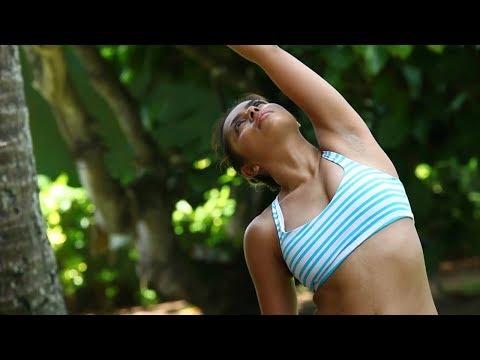 Viparita Virabhadrasana Reverse Warrior Pose How to Do Reverse Warrior Pose in Yoga & Benefits