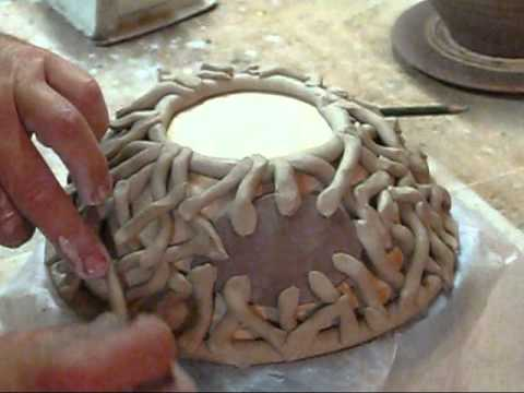 HAND BUILDING A FISH BOWL.wmv