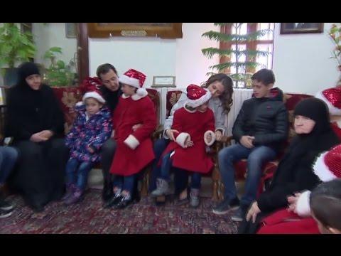 bashar-asma-assad-visit-orphans-at-ancient-saidnaya-monastery-at-christmas