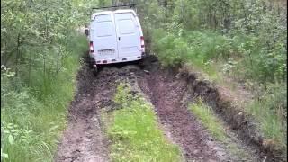 Соболь 4*4, полноприводный соболь по тракторной колее 15.06.15.(Это видео создано с помощью видеоредактора YouTube (http://www.youtube.com/editor), 2015-06-15T12:36:22.000Z)