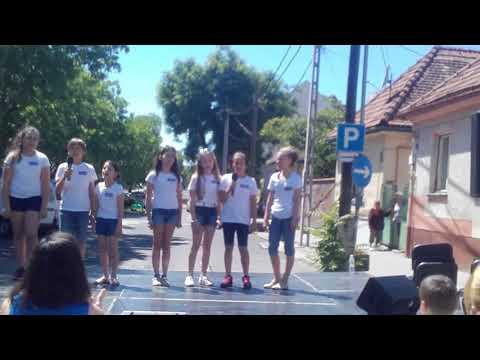 Stardust Musical Gyereknapi fellépés Budaörs(2)