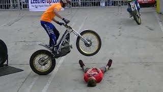 Video Insane Trials Motorcycle Stunts download MP3, 3GP, MP4, WEBM, AVI, FLV September 2018