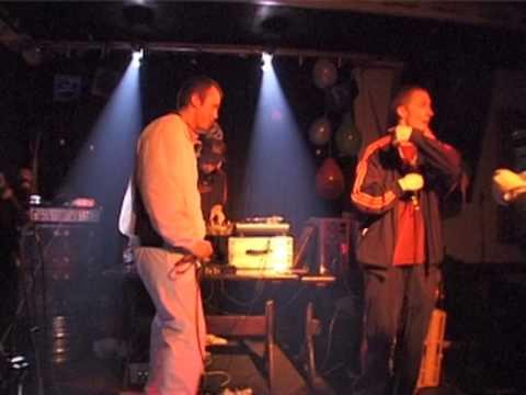 Sesar A & Dj Magic ásamt (feat) Blaz Roca, Gaukur á Stöng maí/May 2000