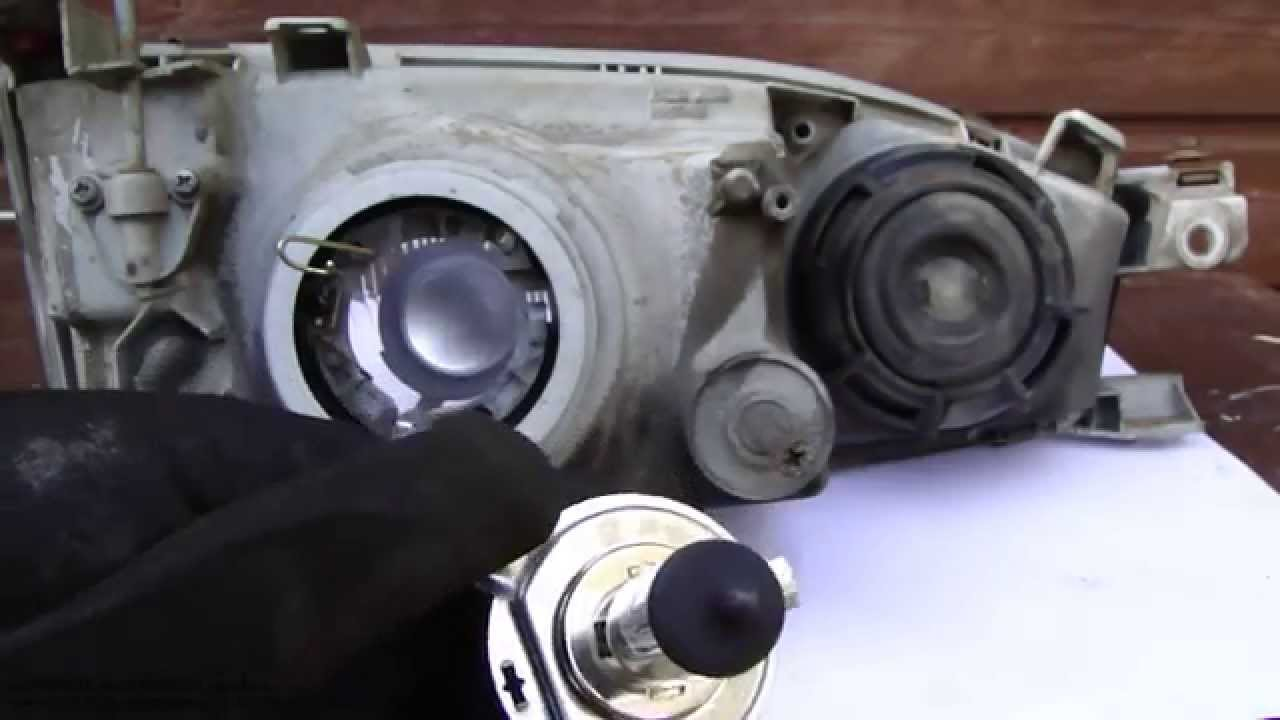 How To Replace Toyota Camry Headlight Bulbs Years 1991 To 2002 Youtube