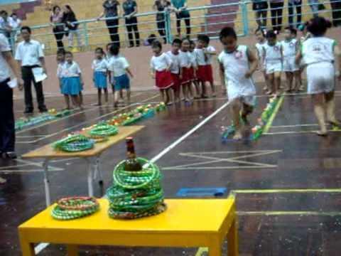 Hội thi Trò chơi dân gian (bậc mầm non TP Quy Nhơn) p2 - Thảy vòng cổ chai