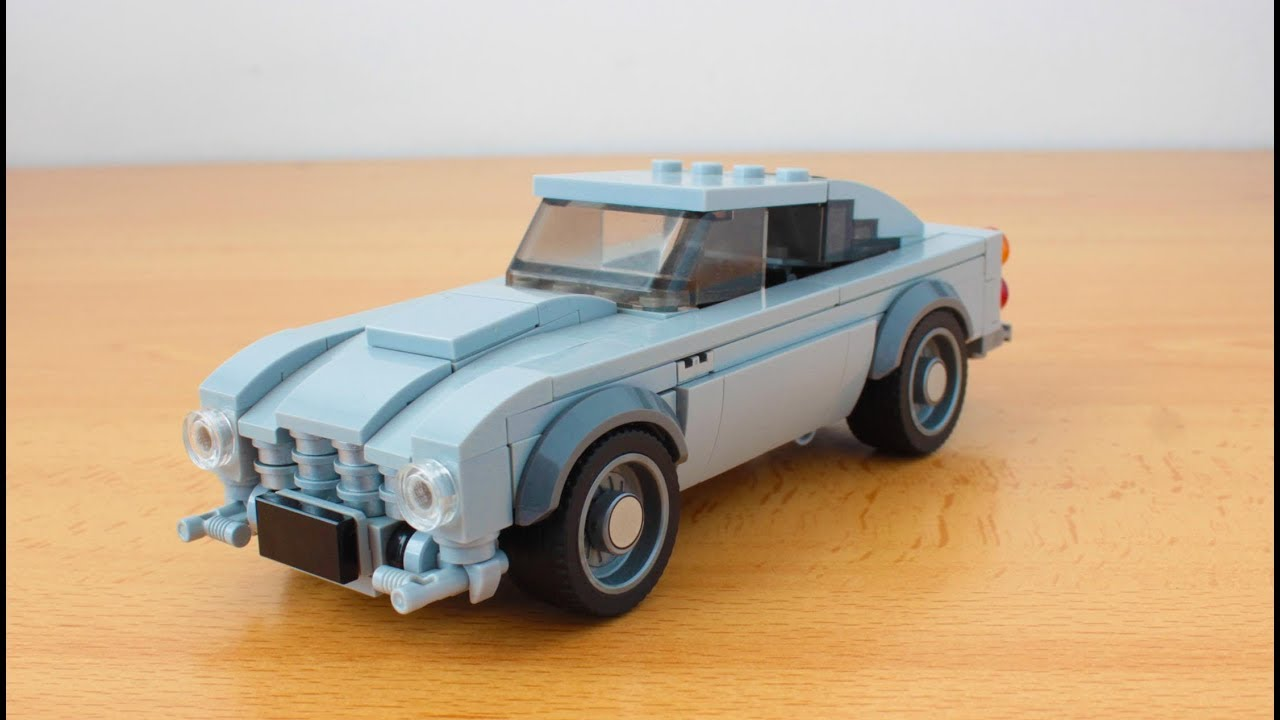 Lego James Bond's Aston Martin DB5 with working gadgets