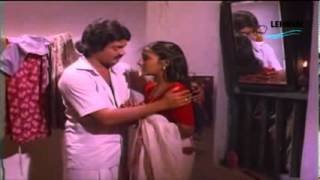 Repeat youtube video Tamil Old Actress Rohini Hot....!