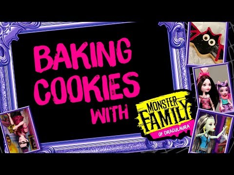 Baking Cookies in the Draculaura™ Kitchen for a Monster High™ Party | Monster High