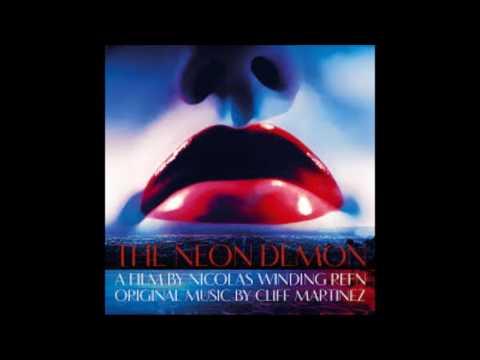 "Cliff Martinez - ""Gold Paint Shoot"" The Neon Demon OST"