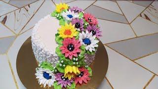 Торт Сникерс Цветы я сделала но у меня опять проблема с кремом