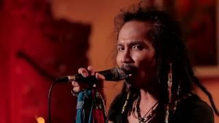Ipang Lazuardi - Ada Yang Hilang - ft. Didit Saad (Live at Music Everywhere) **