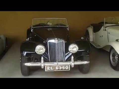 Collection of Antique Cars in Sri Lanka 01