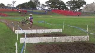 2011 Gloucester CX Day 2 - Amateur Men - Barriers