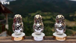 Победители фестиваля Кустурицы получили свои матрёшки!