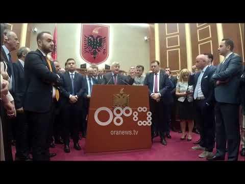 """Ora News - """"Shqipëria, Tartuga e Europës"""", Dash Shehi dekripton shkrimin e nonës së analizave"""