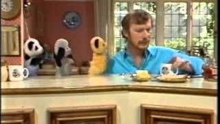 The Sooty Show - Arguing