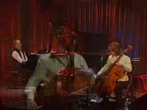 Hirotaka Izumi - Takarajima with Cello (Live in Korea)