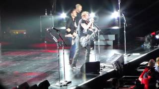 Nickelback - Something in Your Mouth live @ O2 World in Berlin (04.11.2013) (HD)