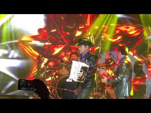 Los tres gallos en vivo tigres del norte feb 2018 amarillo Texas