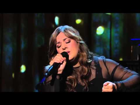 "Rumer performs ""A House is Not a Home"" 