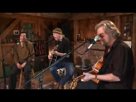 Smokey Robinson -- Sara Smile + Ooo Baby Baby [Live from Daryl's House #22-06]