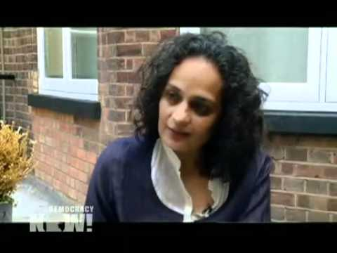 Indian Author Arundhati Roy on Kashmir