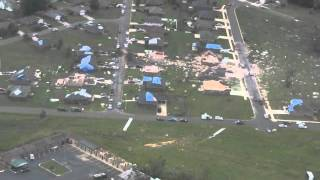 Repeat youtube video Clarksville Tornado Damage