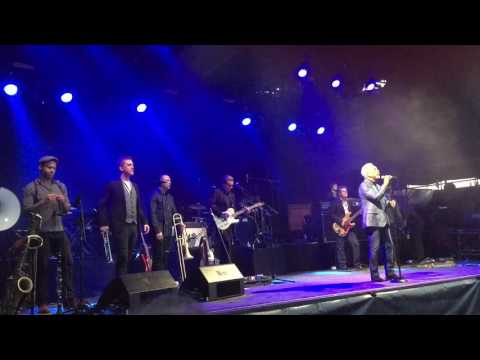 Tom Jones - I Wish You Would - Oslo, Norway June 21th 2016