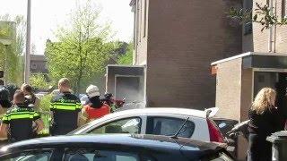 Middel brand in Spijkenisse wordt gebulst met een Cobra Cutter. (Deel 1)