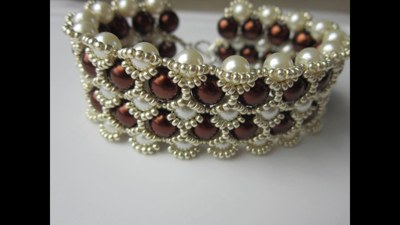 beaded bracelet with 8mm and 6mm glass pearl