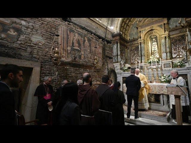 Loreto - Đức Thánh Cha dâng thánh lễ Truyền Tin và ký tông huấn hậu Thượng Hội Đồng Giám Mục