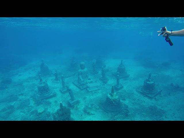 INDONESIA - Underwater Buddha, Ceningan, Bali