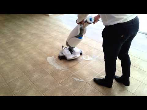 2015 08 19 I-mop cleaning at Hasharon hotel