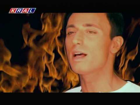 Mustafa Sandal Kavrulduk Lyrics English Translation