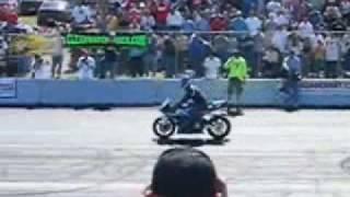 StuntWars 05 - www.UpOnOne.com