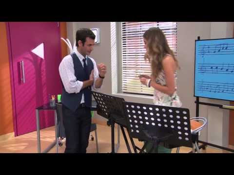 Violetta 2 - Angie y Pablo cantan ¨Algo se enciende¨ - Ep. 42 Travel Video