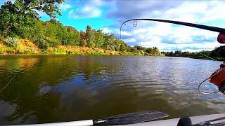 Рыбалка с лодки в ураганный ветер тоже бывает результативной Ловля судака и щуки на р Клязьма