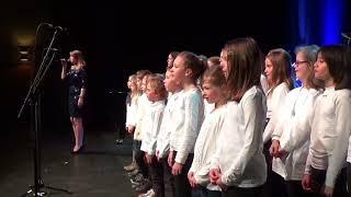Leonie Jakobi amp; Kinderchor  Geboren um zu Leben (live  Bürgerhaus Dreieich)