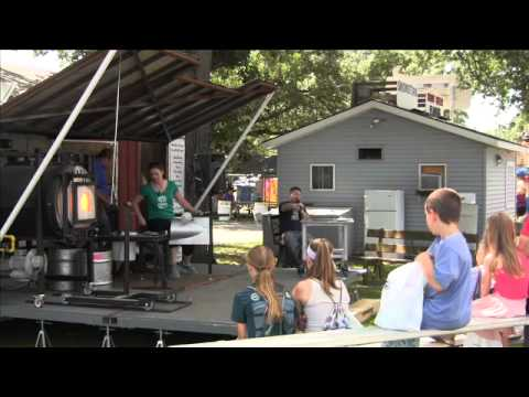 Glass Work Artists Amaze Spectators At Benton County Fair [VIDEO]