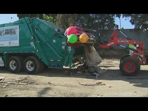 Cleaning up homeless encampments in Harbor City