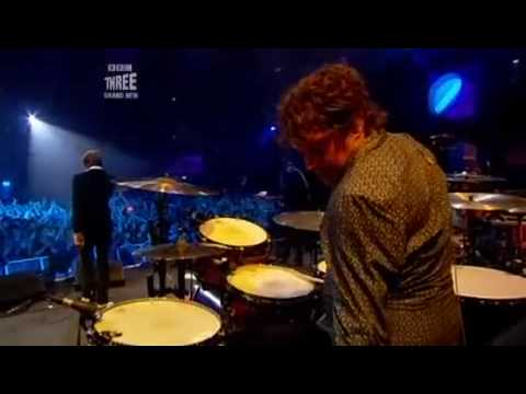 Kasabian - Reason Is Treason (BBC Electric Proms, 28 October 2006)