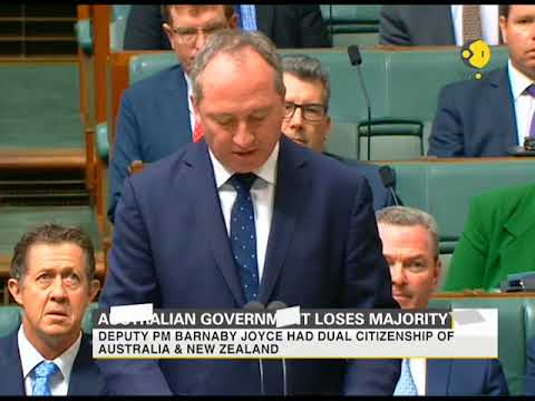Australian government loses majority