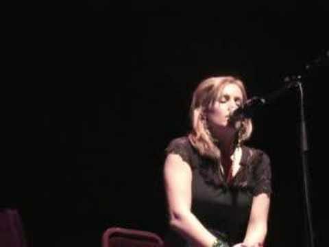 Heidi Talbot Performing